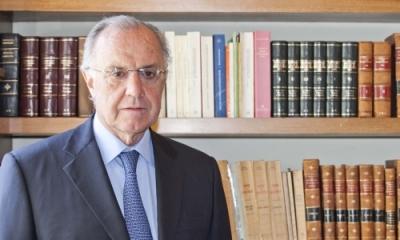 Dr. Augusto Ferrero Costa.