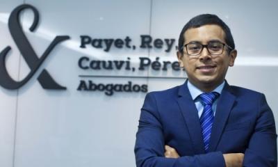 Carlos Baldeón Miranda (Derecho) acaba de publicar su primer libro.