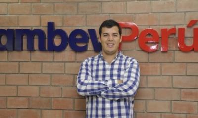 Luis Alberto Urquiza (Economía).