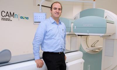 Ítalo Cavassa (Ingeniería Industrial) trabaja en el sector salud.