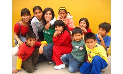 Yessica Flores (Ingeniería Industrial) promueve el voluntariado y la responsabilidad social desde la asociación Kantaya.