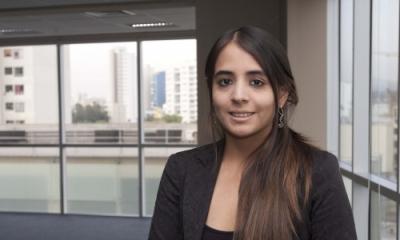 Stephanie Tejada (Negocios Internacionales).