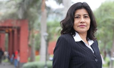María del Carmen Espinoza es docente de Psicología en la Ulima y viene de un congreso en Madrid.