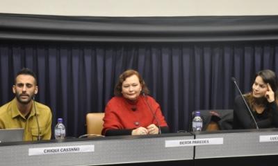 Chiqui Castaño, Berta Paredes (moderadora) y Luciana Olivares.