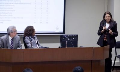 Carlos San Cristóval Guevara (IDIC), Nelva Quevedo (Biblioteca) y María Teresa Quiroz (IDIC).