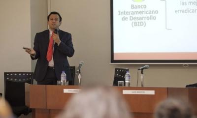 Guillermo Quintana, de PeruVentures, expuso las posibilidades de las microfranquicias.