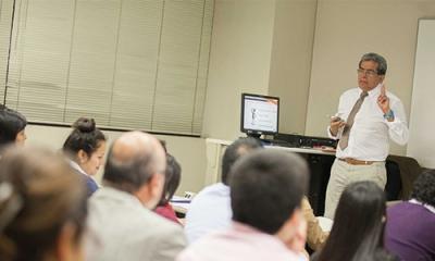 Hugo Beltrán Alejos, de Sodimac Chile, expuso sobre la metodología del balanced scorecard en la Ulima.