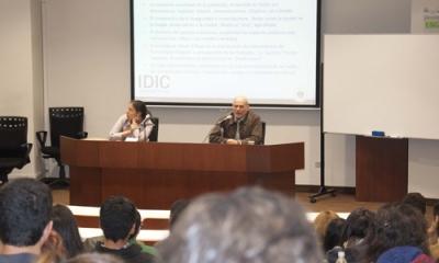 Cristina Dreifuss y Javier Díaz-Albertini en el Miércoles de Ingeniería.