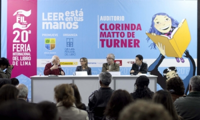 Presentación en la FIL Lima 2015.