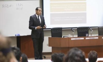 Daniel Oliva, socio de Auditoría de PwC.