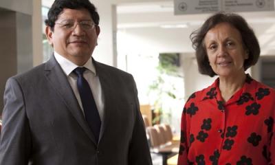 Los economistas Yuri Landa y Gabriela Mundaca están estudiando la industria peruana del cobre.