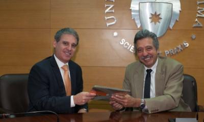 Javier Hoyle y Óscar Quezada.