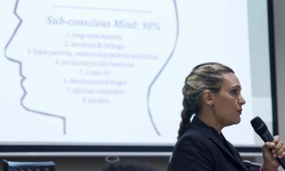 La psicóloga Estela Oliver en la Ulima.