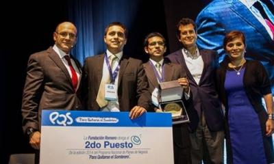 Rodrigo Sánchez (Administración) y Rodrigo Coquis (Ingeniería Industrial), segundo puesto en Para Quitarse el Sombrero 2014.