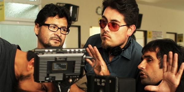 Jonatan Relayze Chiang (segundo de la derecha) compite en el 19.° Festival de Cine de Lima con su filme 'Rosa Chumbe'.