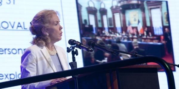 Rose Gill Hearn, de Bloomberg Associates.