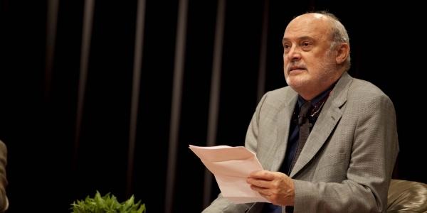 Fernando Ampuero.