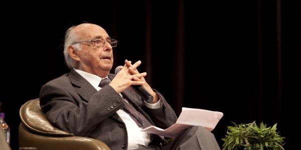 Carlos Germán Belli.