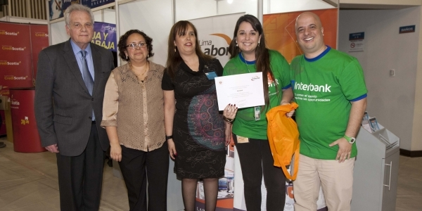 Interbank, Mejor Stand.