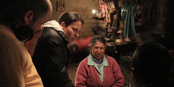 María Unocc con la directora Enrica Pérez.