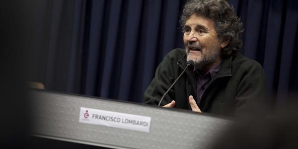 El director Francisco Lombardi en la Ventana Indiscreta de la Ulima.