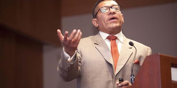 José Verona.