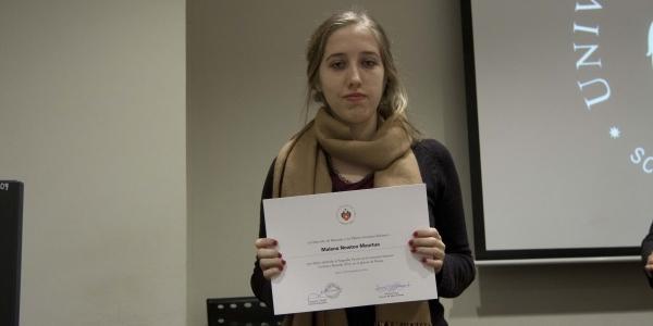 Malena Newton Maúrtua, segundo puesto en poesía.