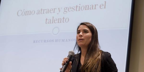 Jimena Velarde.