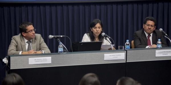 Miguel Ángel Torres Morales, Julianna Ramírez Lozano y Agustín Valencia-Dongo.
