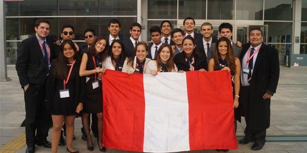 Equipo peruano del WorldMUN.