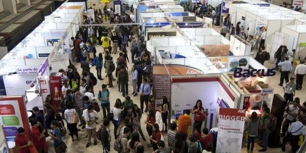 XVIII Feria del Trabajo Ulima.