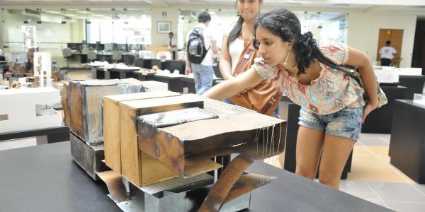 Ii expo anual universidad de lima for Arquitectura carrera profesional